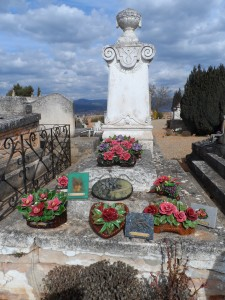 cemetery in Roussillon